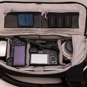 Pacsafe Camsafe Z14 sling bag review