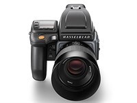 Hasselblad announces 100MP H6D-100c capable of 4K, H6D-50c 50MP option