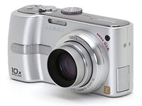 Throwback Thursday: Panasonic Lumix DMC-TZ1, travel zoom pioneer