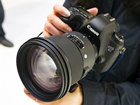CP+ 2018: Hands-on with Sigma 105mm F1.4 Art 'bokeh master' & 70mm macro