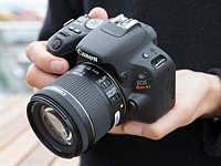 Hands-on with Canon EOS Rebel SL2 / EOS 200D