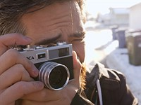 DPReview TV: The Yashica Y35 looks like a camera that would be fun to shoot.. until you try shooting with it