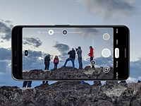 It will get much more difficult to use a non-stock camera with third-party apps in Android 11