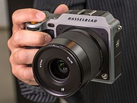 New firmware brings USB-power and more to Hasselblad X1D-50c