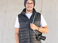 COOPH photo vest features smartphone-controlled heating system