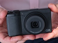Hands-on with the Ricoh GR III
