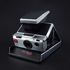 This dead Polaroid SX-70 was rebuilt as a fully functional digital camera