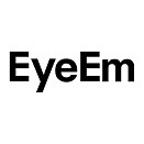 EyeEm opens web uploader tool to everyone