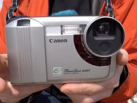 Video: A review of Canon's first PowerShot camera, 25 years after its release