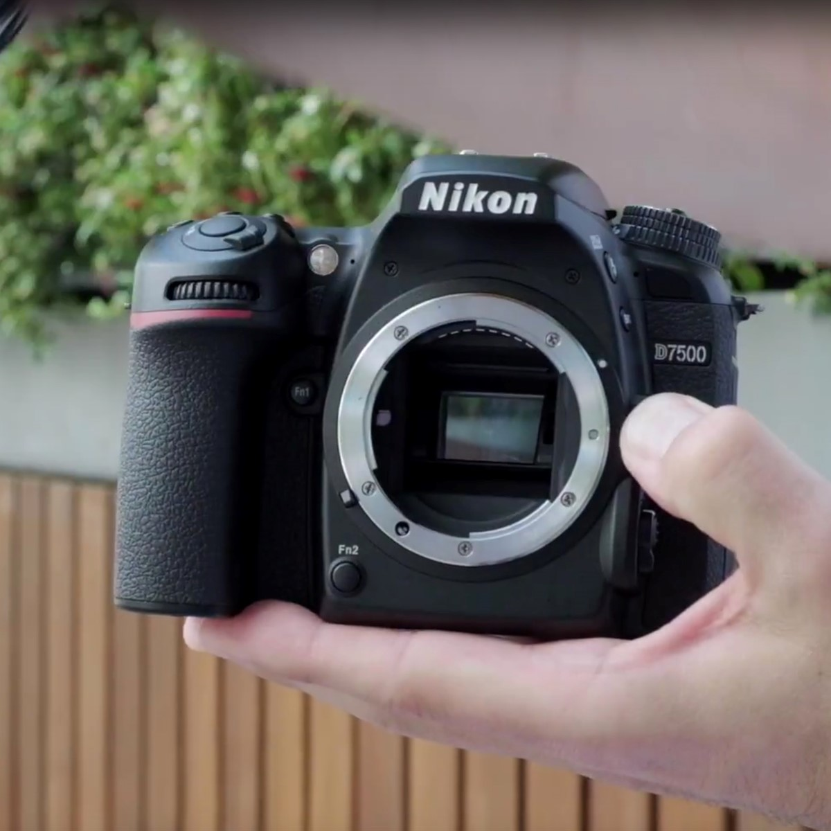 Video: Nikon D7500 first look: Digital Photography Review