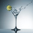 Tutorial: How to shoot a martini splash photo using only speedlights