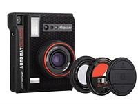 Lomo'Instant Automat Glass Magellan has a wide-angle glass lens