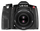 Leica highlights its customers' work, on a calendar and on the web