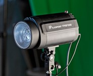 Flashpoint Budget Studio Monolight Review