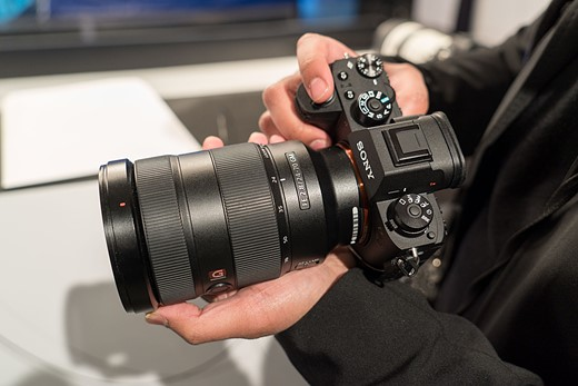 Hands-on with the Sony Alpha a9 1