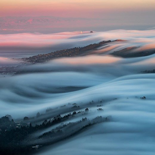 Fog waves: photographer Nick Steinberg captures nature in motion 3