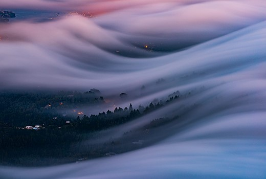 Fog waves: photographer Nick Steinberg captures nature in motion 9