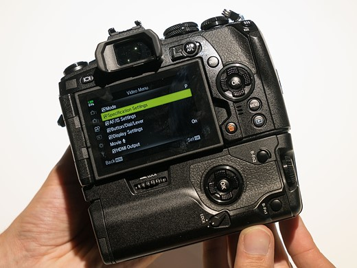 Photokina 2016: Hands-on with Olympus OM-D E-M1 II 8