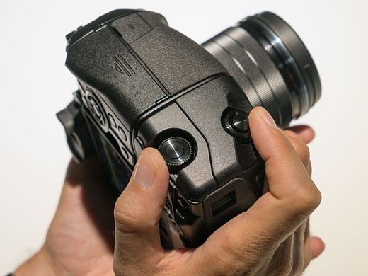 Photokina 2016: Hands-on with Olympus OM-D E-M1 II 9