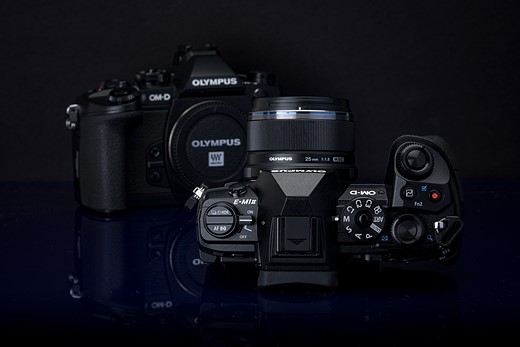 What's changed? Comparing the Olympus OM-D E-M1 and E-M1 II 12