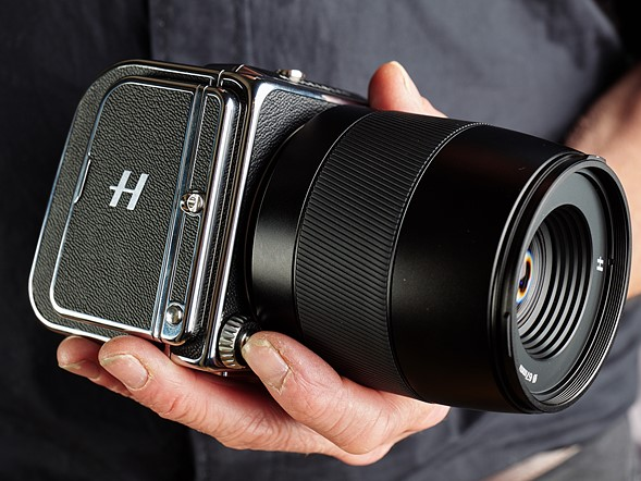 Hands-on with the Hasselblad CFV II 50C and 907X: Digital