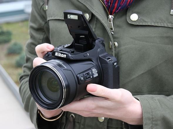 A closer look at the Nikon Coolpix P900 megazoom: Digital