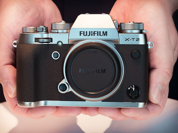 Hands-on with new 'Graphite' Fujifilm X-T2 and X-Pro2 (and the XP120)