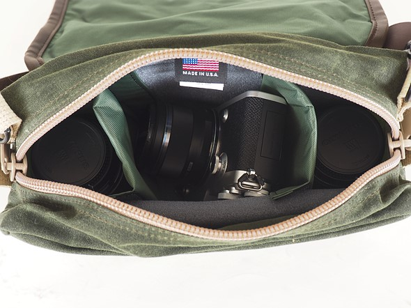 507d1418f5 There is also a belt-strap pass-through on the back in case one wants to  make the F-5XB into a waist hip bag instead of a shoulder bag.