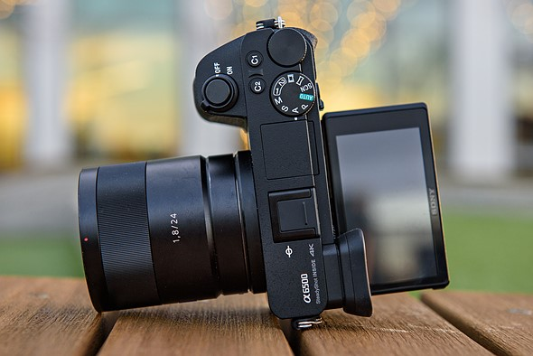 New Sony Alpha a6500 firmware improves image stabilization in movie mode