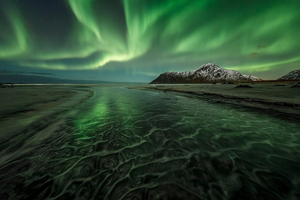 Photo of the week: Shooting the northern lights in Norway 1