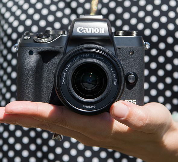Modern Mirrorless: Canon EOS M5 First Impressions Review 1