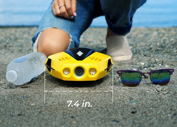 CHASING DORY is a portable, affordable underwater drone capable of 1080p video