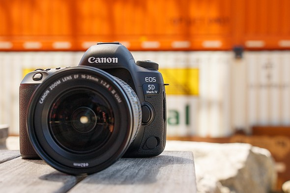 canon mark with pixel camera dual