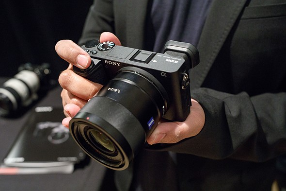 Sony announces Alpha 6500