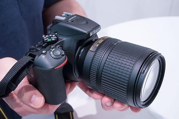 CES 2017: Hands-on with Nikon D5600