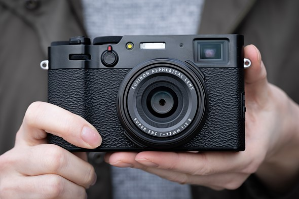 Hands-on with new Fujifilm X100V