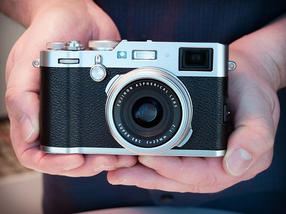Hands-on with Fujifilm X100F