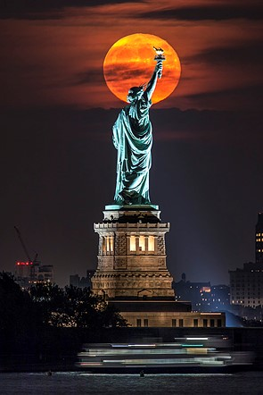 Shooting the moon: behind the shot with Peter Alessandria