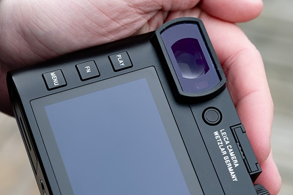 New 3.68M-dot OLED viewfinder