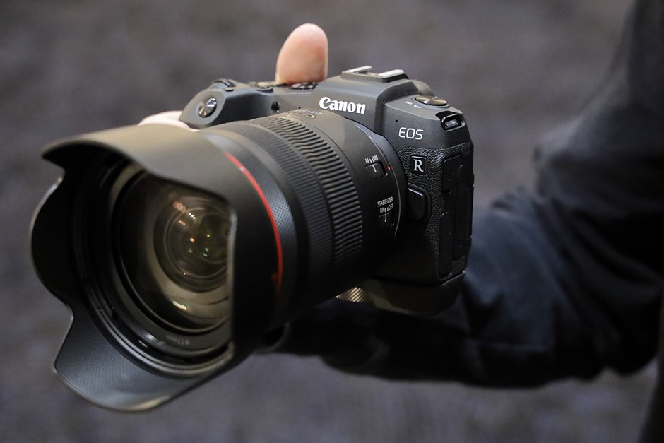 Hands-on with the Canon EOS RP