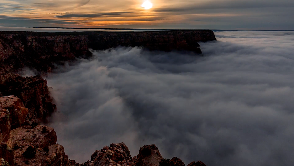 Grand Canyon Time Lapse Records Rare Cloud Inversion Digital - Rare weather event fills grand canyon with fog and gives us this breathtaking sight