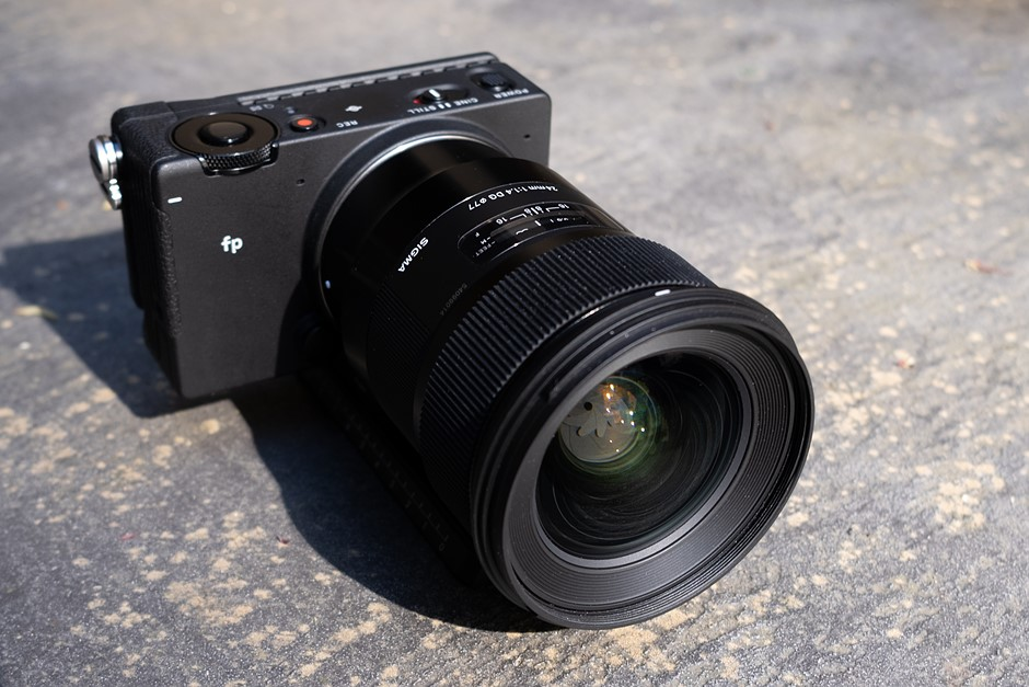 Compact, capable and imperfect: First impressions of the Sigma fp