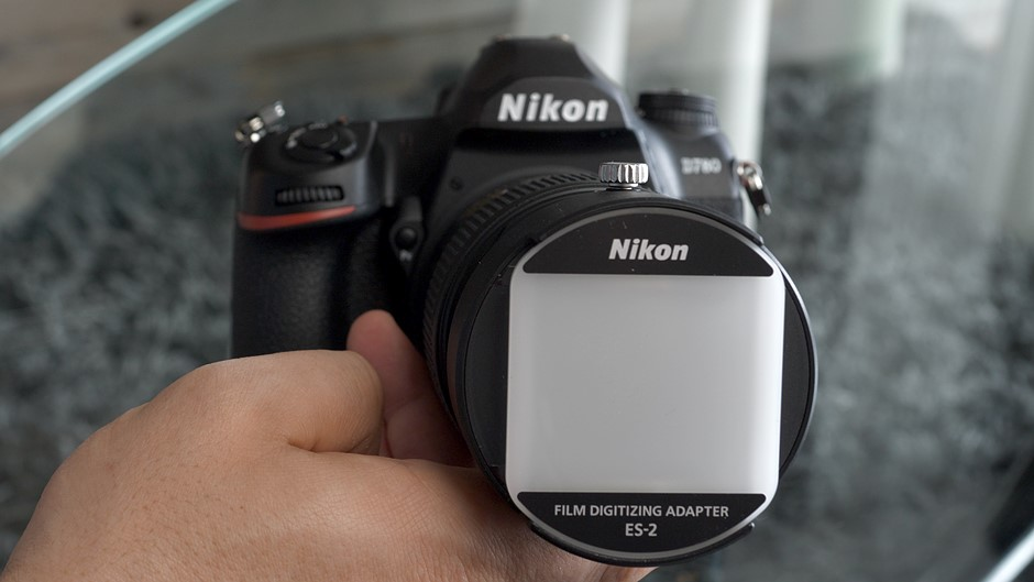 DPReview TV: Scan film negatives with the Nikon ES-2