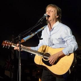 Paul McCartney Photo - C&C