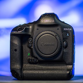 Canon EOS - 1DX FOR SALE- $ 2,700