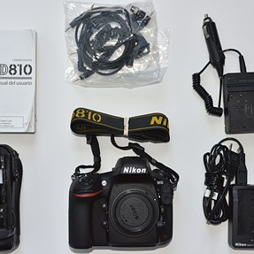 FOR SALE: Nikon D810 36.3 MP FX like NEW, several lenses and accessories (excellent condition)