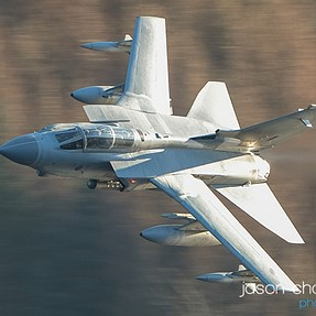 Low level flying jets with the Fuji 100-400mm and the XT-2