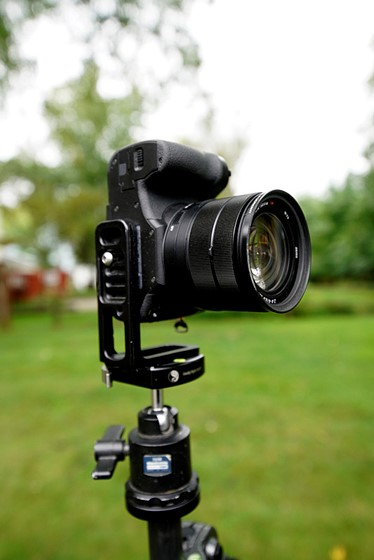 Re: Still looking for an L-bracket for the RX10 III: Sony ...