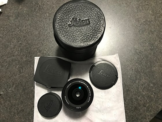Mint Leica Elmarit 24mm f2 8 6-bit coded with Leica 24 viewfinder