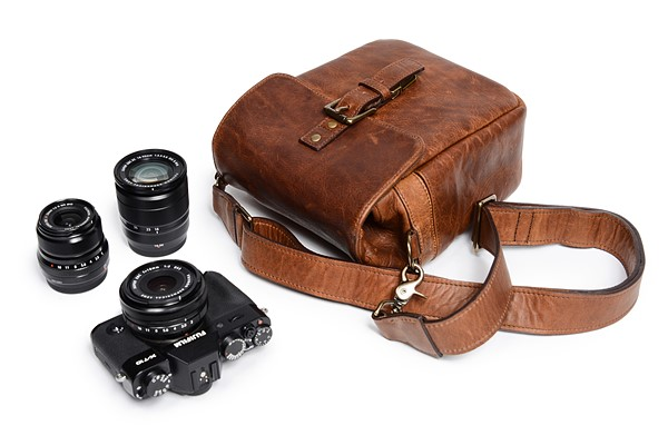 a6b705d7f3 ONA releases new style bags and accessories for mirrorless users ...